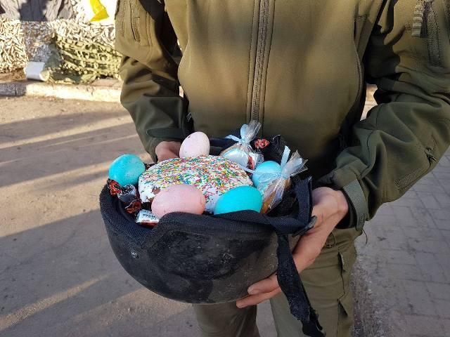 Приклад для наслідування - на Іванківщині розпочалася акція «Великодній кошик для бійця»